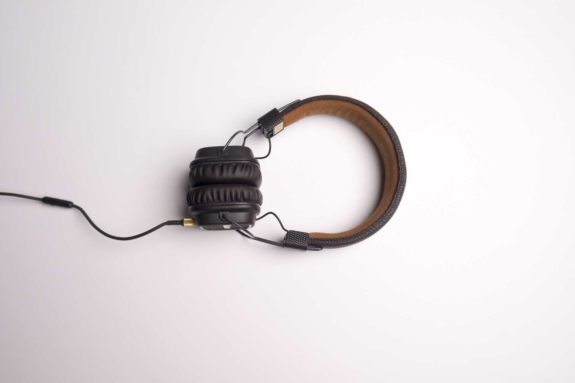 Headphone 1868612 1920