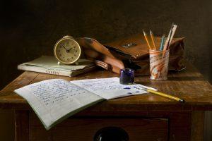 Nieuwe Cursussen DIALECTOLOGIE En NAAMKUNDE